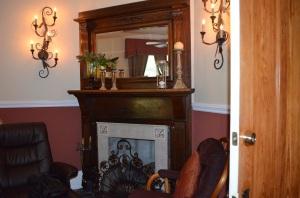Bedroom Fireplace Library Suite Andon Reid Bed & Breakfast Inn